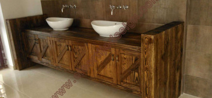 Bathroom furniture to size