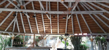 Design and manufacture of thatched roof